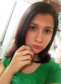 Вика Мельникова, 16 лет, врожденный порок сердца, спасет эндоваскулярная операция, требуется окклюдер. 449780 руб.