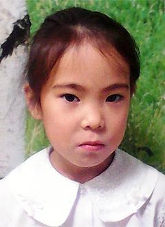 Милана Окотэтто, 7 лет, врожденный порок сердца, спасет эндоваскулярная операция. 246174 руб.