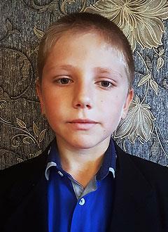 Тигран Азатян, 10 лет, сахарный диабет 1-го типа, требуются расходные материалы к инсулиновой помпе. 133675 руб.