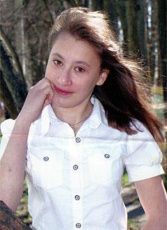 Лера Жданова, 17 лет, расщелина альвеолярного отростка, рубцовая деформация верхней губы и носа, требуется ортодонтическое лечение. 200000 руб.