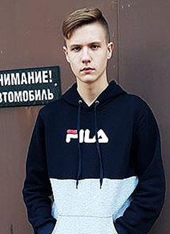 Дима Ступников, 17 лет, врожденный порок сердца, спасет эндоваскулярная операция, требуется окклюдер. 173707 руб.