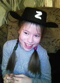 Алена Верцхайзер, 13 лет, детский церебральный паралич, спастический тетрапарез, требуется курсовое лечение. 190800 руб.