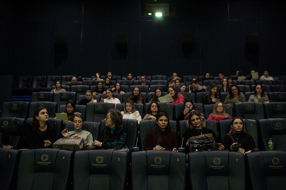 В Ростове-на-Дону кинотеатр «Горизонт» устроил показ фильма «Лист ожидания»
