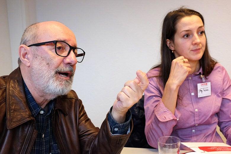 9. DKMS (Кельн, Германия), слева направо: Лев Амбиндер, переводчик Ольга Комар