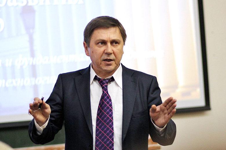 Директор Института фундаментальной медицины и биологии КФУ Андрей Киясов